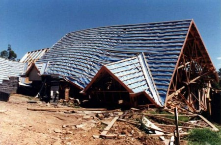 Roof truss collapse from inadequate bracing